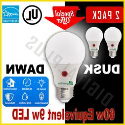 Dusk To Dawn LED 9w 60w Replacement Security Light Bulb Warm