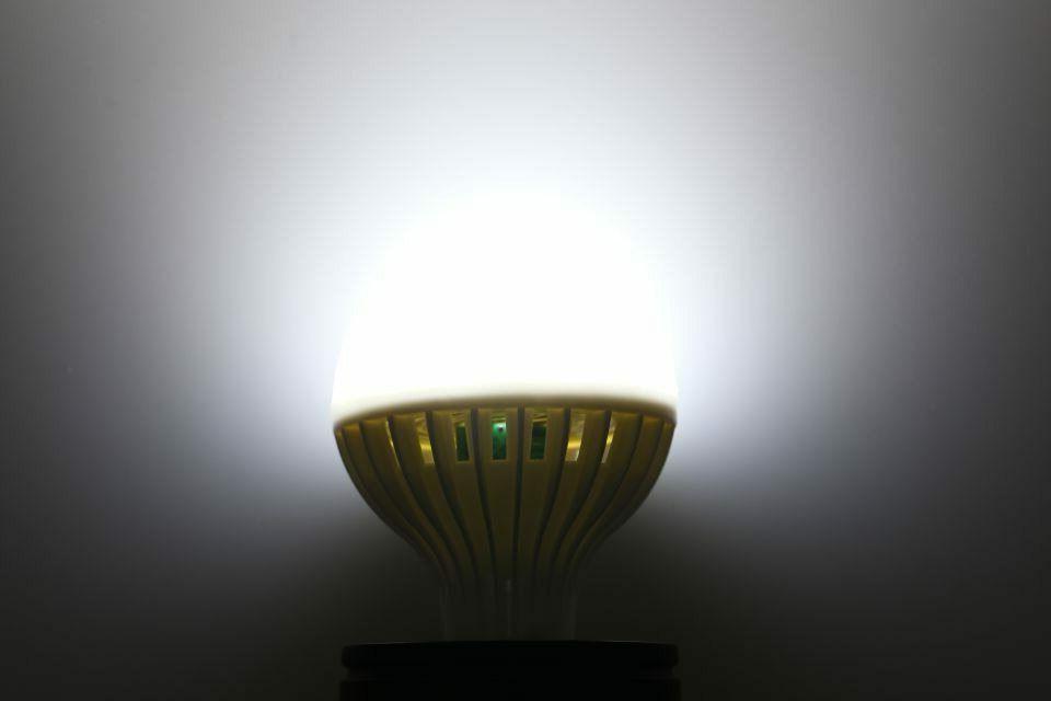 E27 to Dawn Light Energy