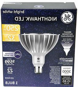 NEW GE Nighthawk LED bulb 32W Outdoor Floodlight 250W Dimmab